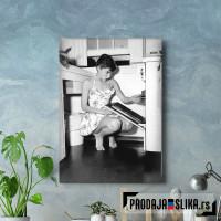 Audrey Hepburn Kitchen